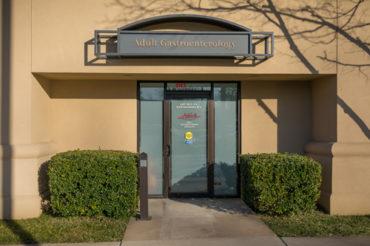 Utica Tulsa Gastro front door and entrance